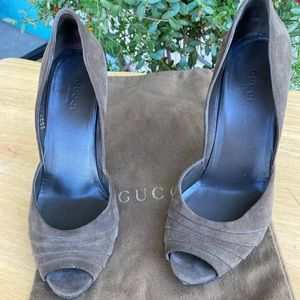 Women's suede heels